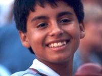 Août 1992: Rayonnant, Albeiro croit qu'il va pouvoir emporter le toro, pour ses Abuelitos...