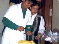 Partage du gâteau d'anniversaire: Quand il y en a pour vingt, il y en a pour cent...